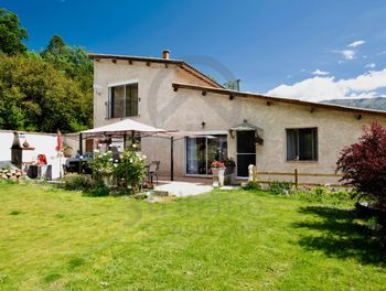 maison à Clumanc (04)