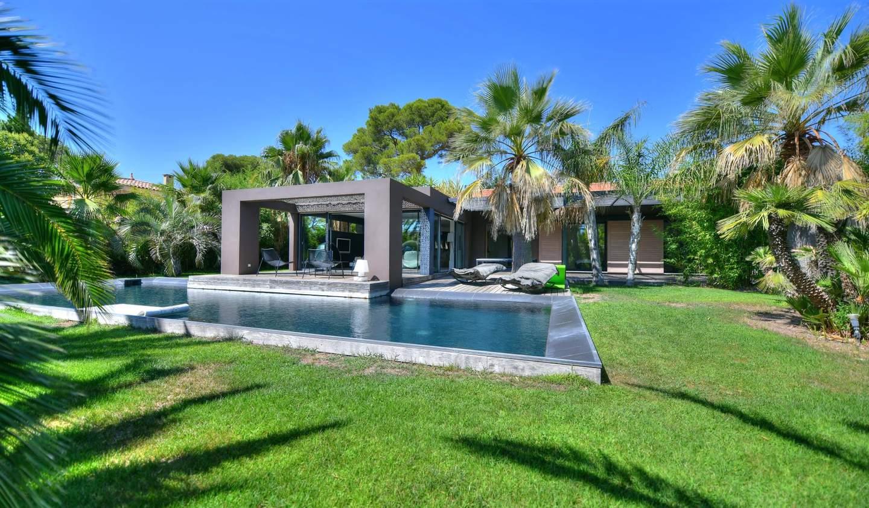 Villa with pool and terrace Saint-Raphaël