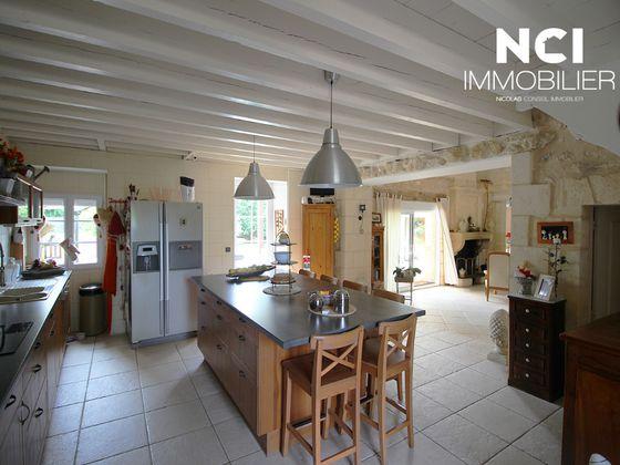 Vente maison 9 pièces 363 m2