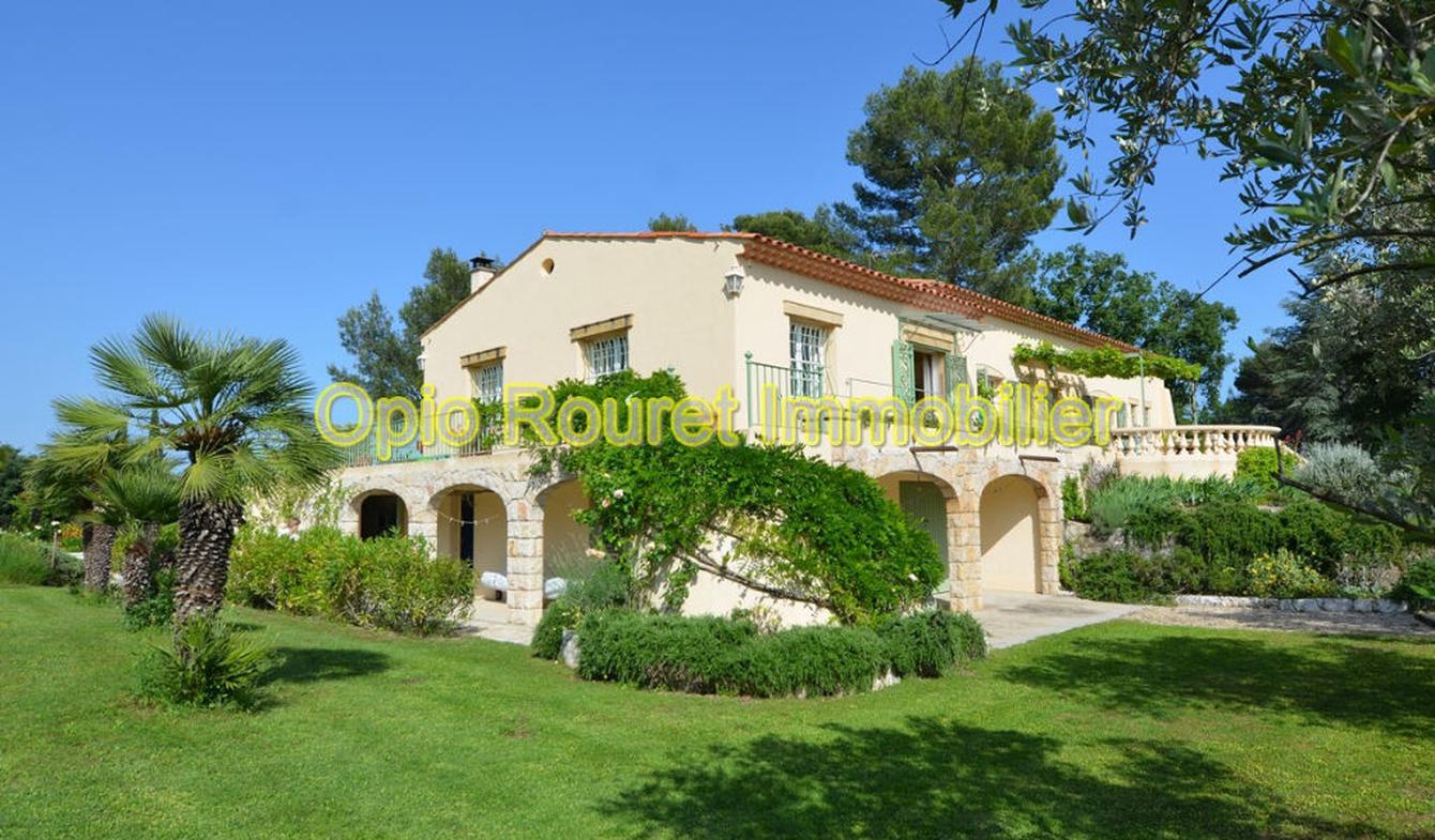 Maison avec piscine et terrasse Le Rouret