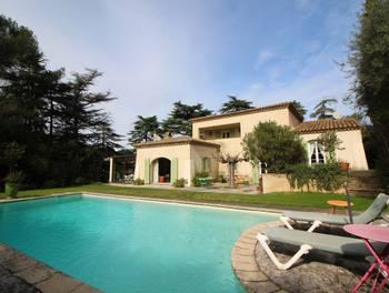 Villa 6 pièces 231 m2
