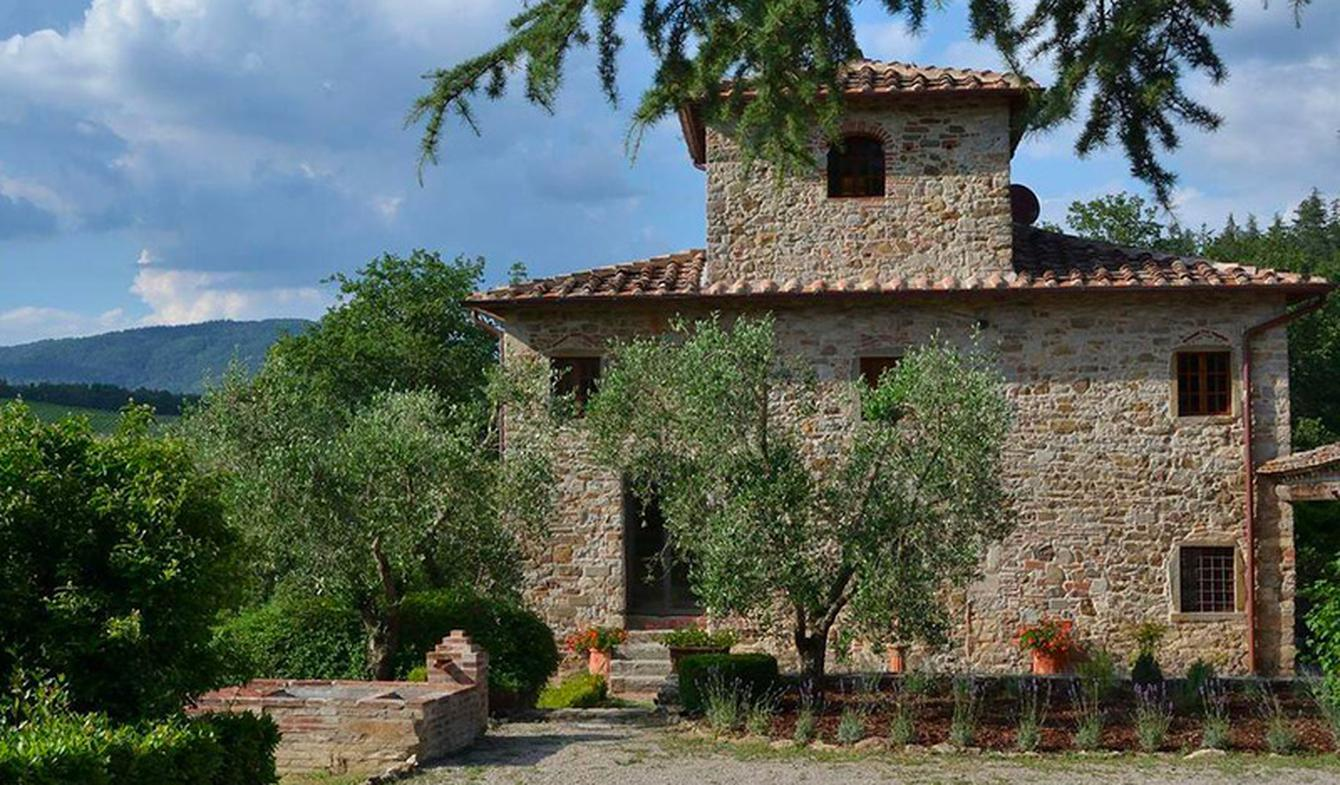 Villa with pool and garden Siena