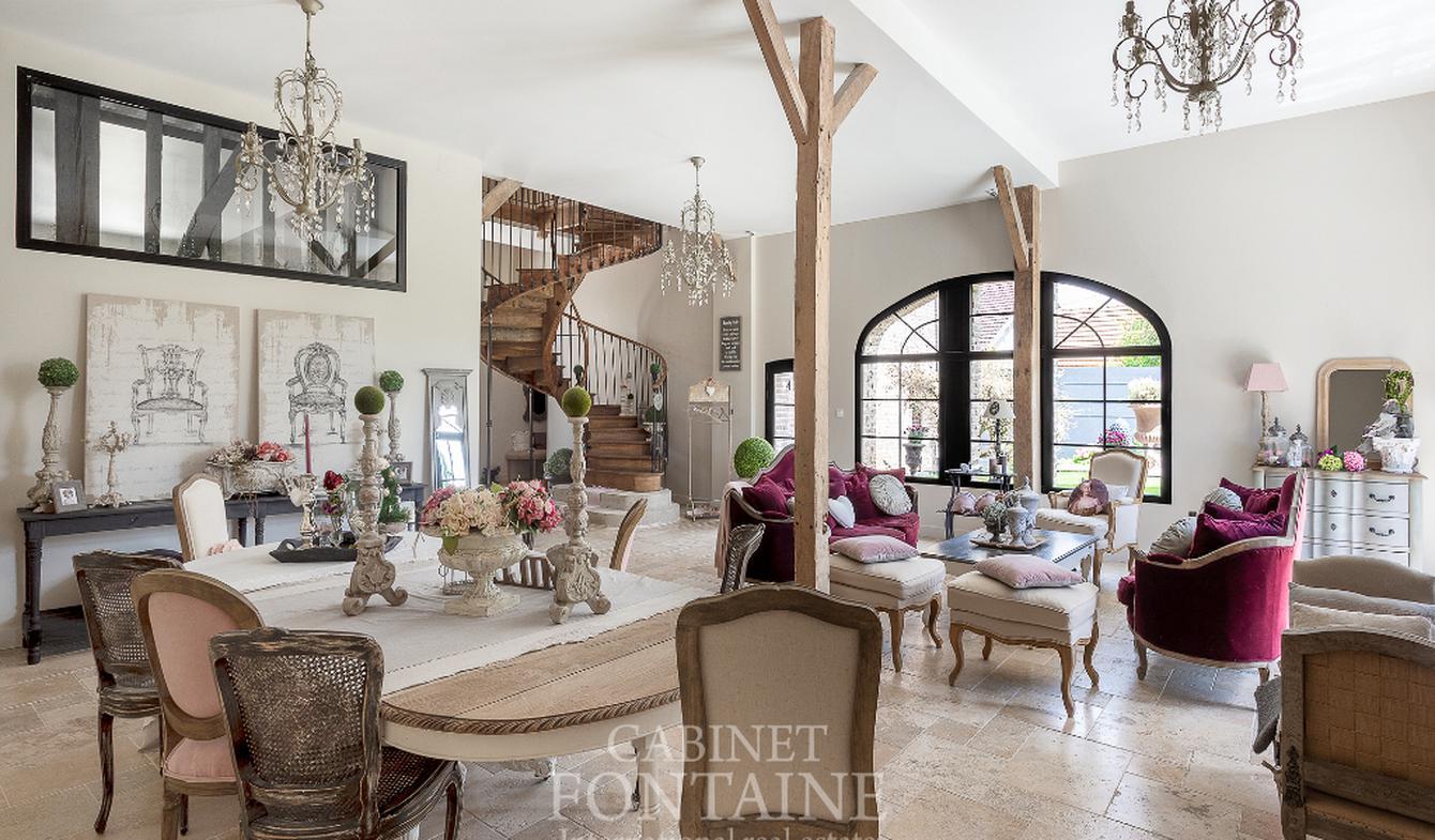 Vente Maison de Luxe Beauvais | 690 000 € | 350 m²