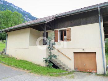 maison à Saint-Thibaud-de-Couz (73)