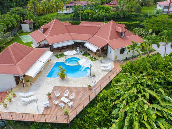 Vente maison 8 pièces 310 m2