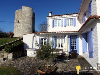 Maison Saint-Fort-sur-Gironde