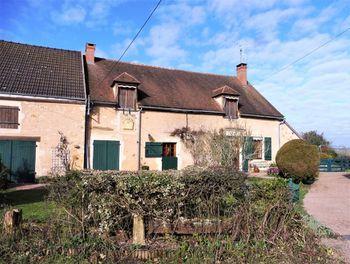 maison à Montaron (58)