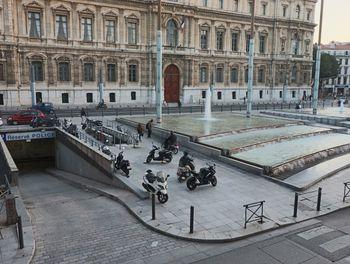 locaux professionels à Marseille 6ème (13)