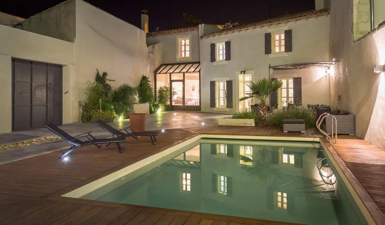 Maison avec piscine et terrasse Eyragues