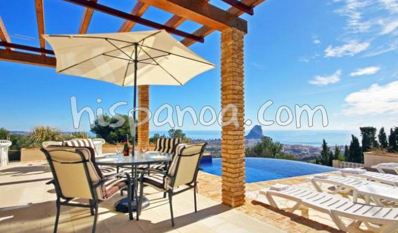 Villa avec piscine et jardin Calp