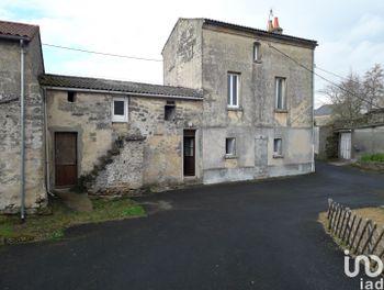 maison à Doué-la-Fontaine (49)