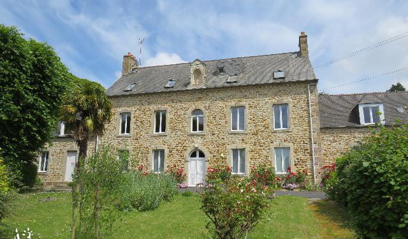 House with terrace Saint-Pierre-Eglise