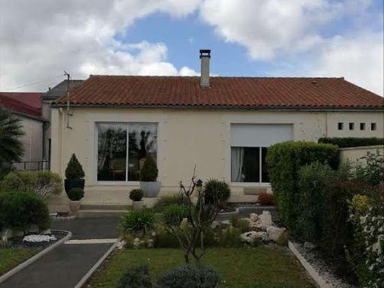 f09b6d464022c9 Vente de Maisons 4 pièces à Cognac (16) : Maison à Vendre