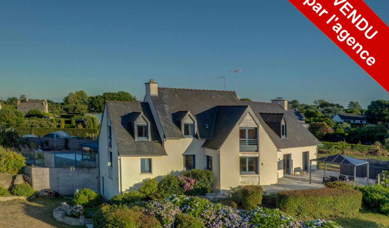 House with pool Paimpol