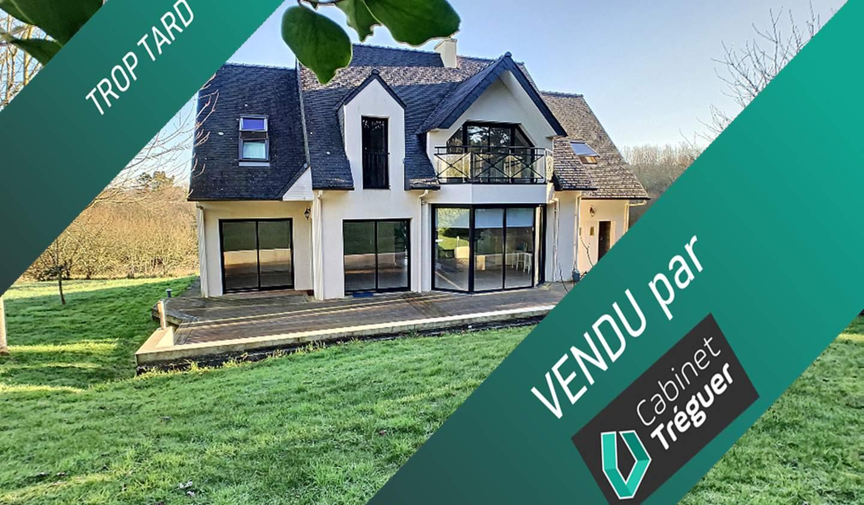 Villa with terrace Telgruc-sur-Mer