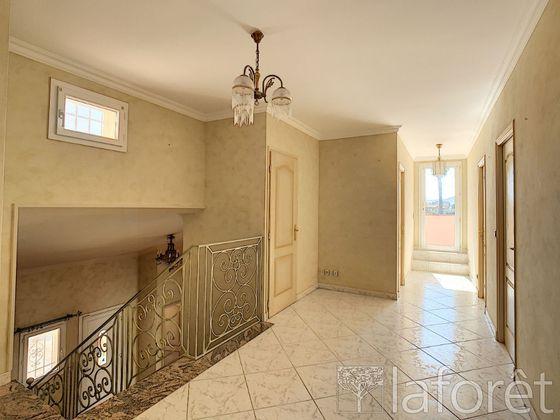 Vente maison 7 pièces 227 m2