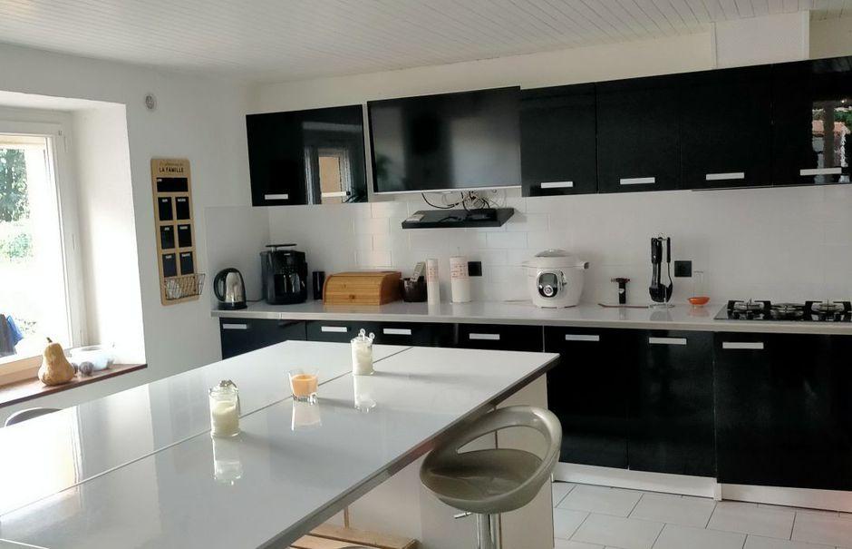 Vente maison 4 pièces 118 m² à Taponnat-Fleurignac (16110), 156 500 €