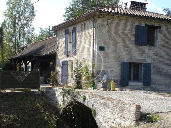Vente moulin 8 pièces 400 m2
