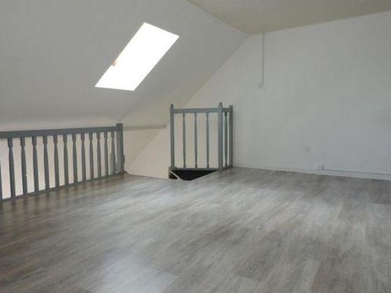Location appartement 2 pièces 55,4 m2