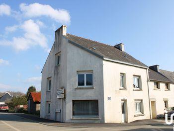 maison à Le Cloître-Pleyben (29)