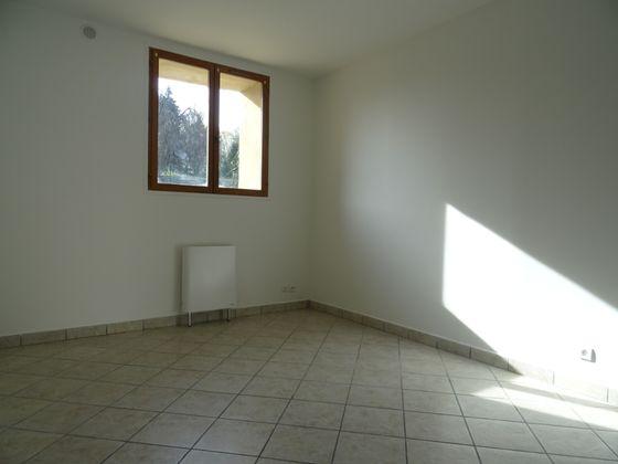 Location studio 19,97 m2