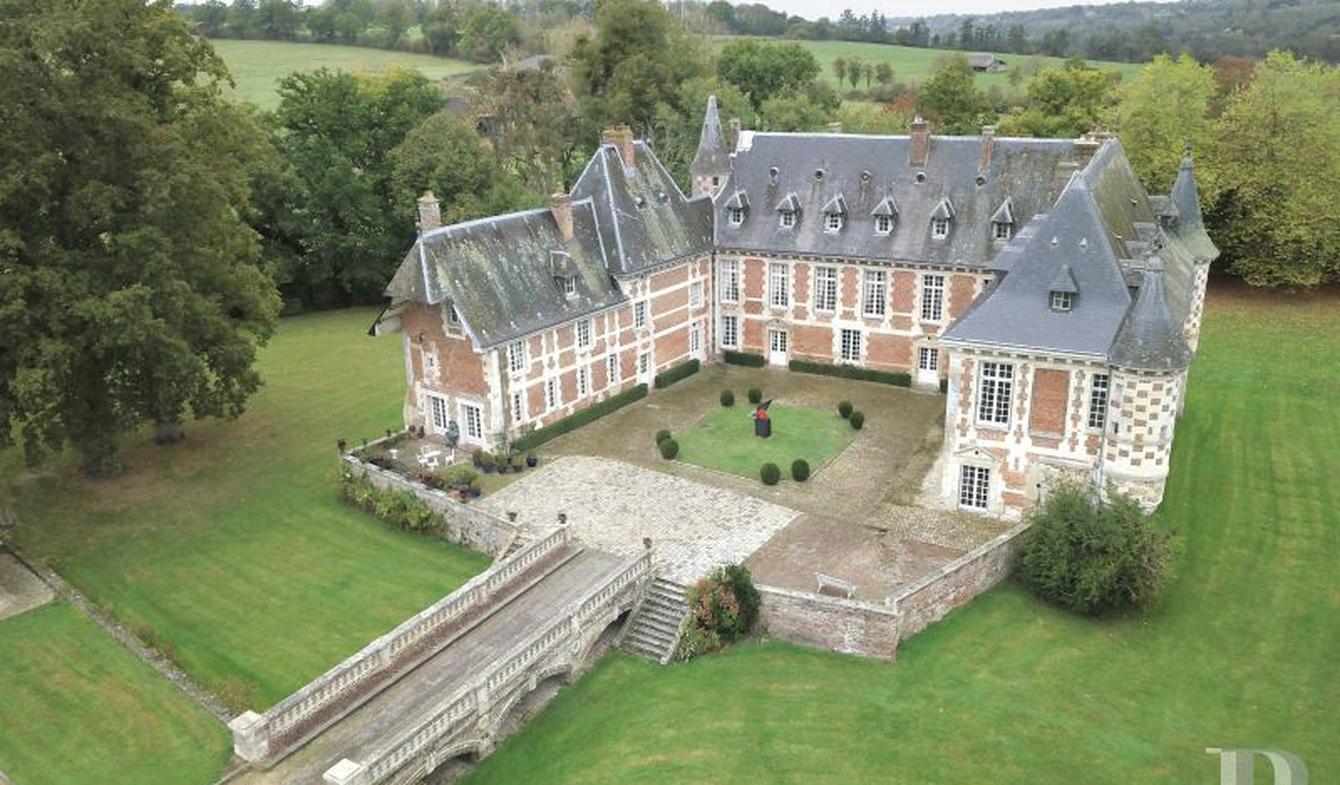 Castle Lisieux