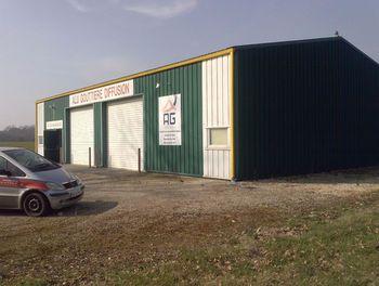 locaux professionels à Epineuil-le-Fleuriel (18)