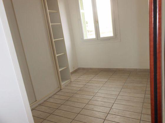 Location appartement 2 pièces 30,67 m2