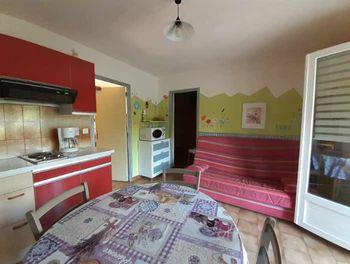appartement à Esparron-de-Verdon (04)