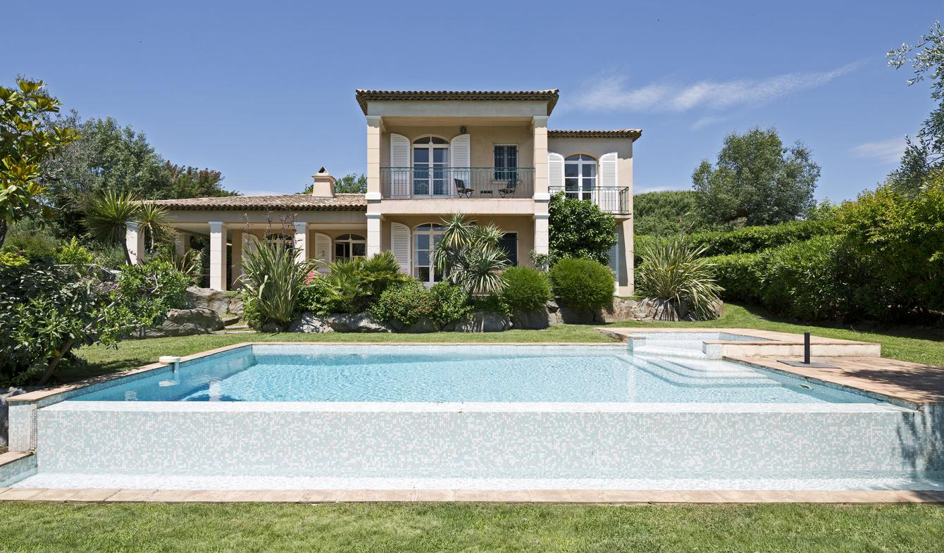 Seaside house with pool Grimaud