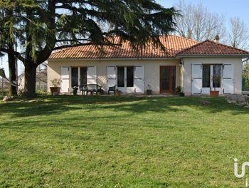 maison à Parthenay (79)