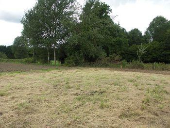 terrain à Blérancourt (02)