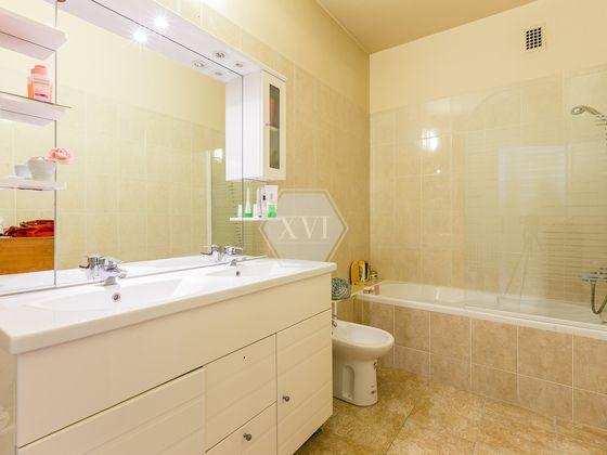 Location appartement 2 pièces 76 m2