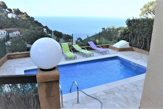 Seaside villa and terrace