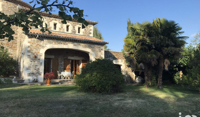 Maison avec piscine et terrasse Malbosc