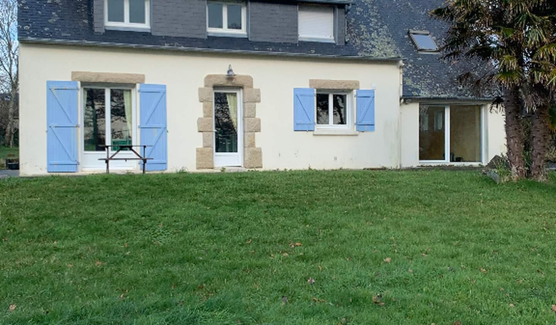 Maison avec terrasse Lanvéoc