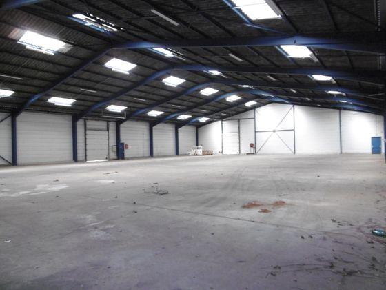 Location divers 1 pièce 1200 m2