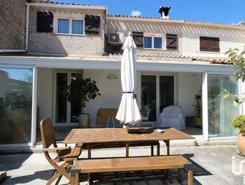 maison à Saint-Cyr-sur-Mer (83)