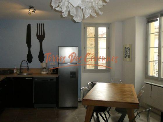 Vente propriété 17 pièces 420 m2