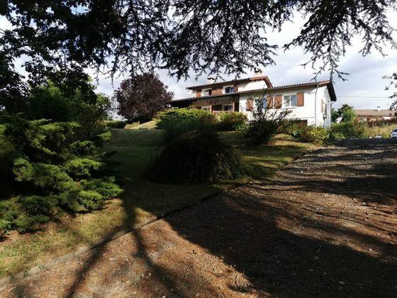 Vente villa 8 pièces 166 m2