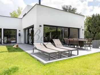 Maison 10 pièces 360 m2