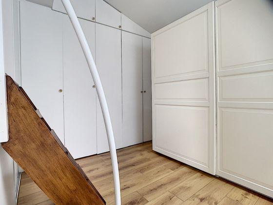 Location maison 6 pièces 220 m2