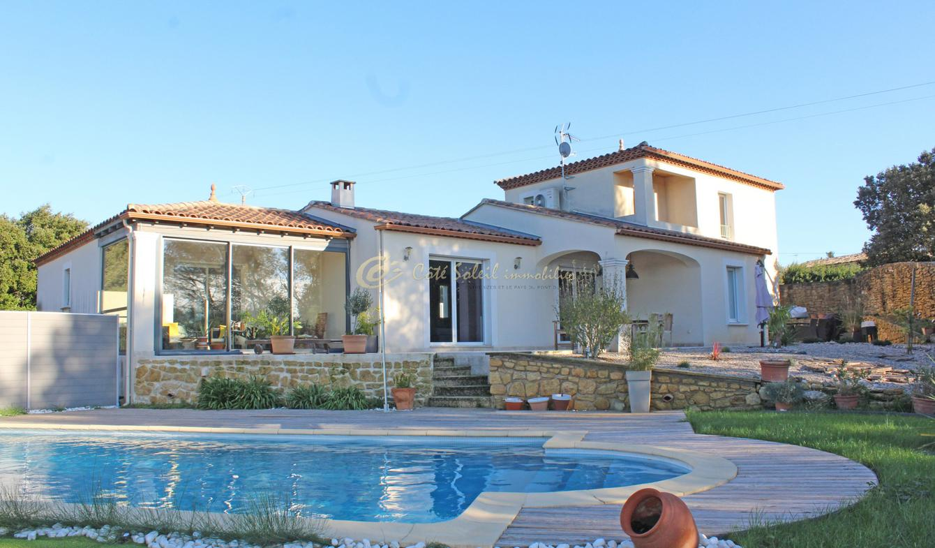 Villa with pool Castillon-du-Gard