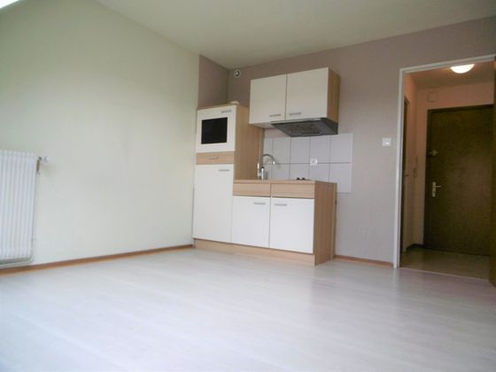 Location studio 16 m2