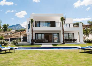Barcelona Marbella Costa Blanca The Advantages Of Luxury Spanish Real Estate