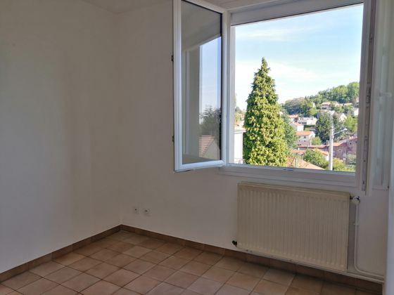 Location maison 5 pièces 92,4 m2