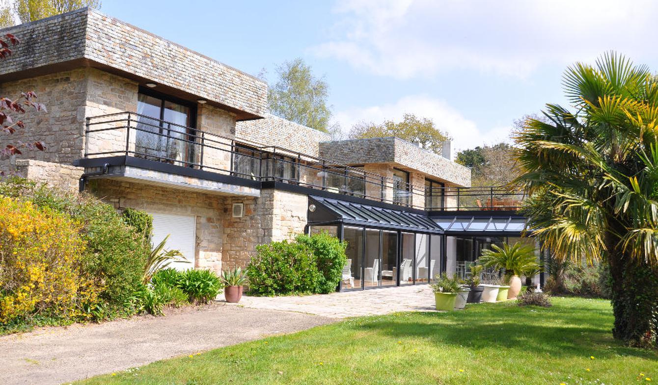 Maison avec piscine et terrasse Ploemeur