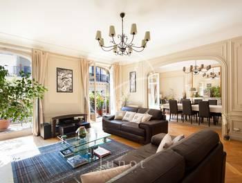 Appartement 7 pièces 264,53 m2