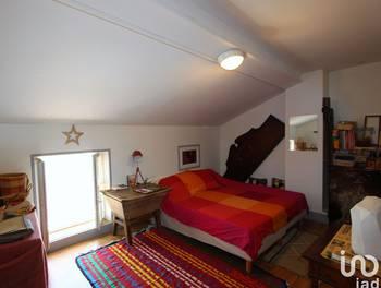 Divers 5 pièces 220 m2