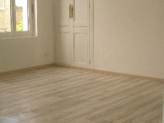 Location appartement 6 pièces 110 m2